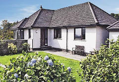 Super Fort William Cottages Across Lochaber Walkhighlands Home Interior And Landscaping Ymoonbapapsignezvosmurscom